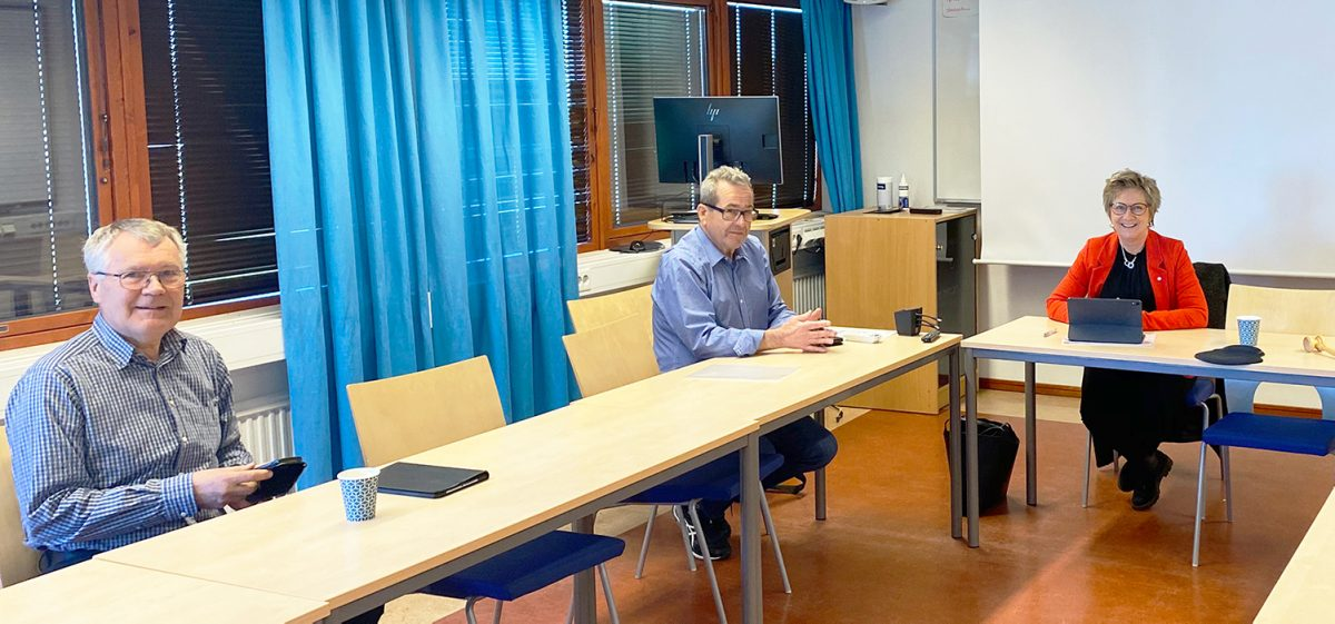 Tre av medlemmarna i NÄRF:s direktion: ledamoten Roland Björndahl, vice ordförande Kjell Nilsson, ordförande Monica Hanson.